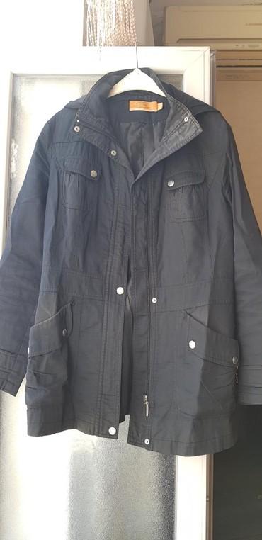 женские куртки трансформер в Азербайджан: Qadin kurtkasi. Razmer M/S. Женская куртка. Размер M/S