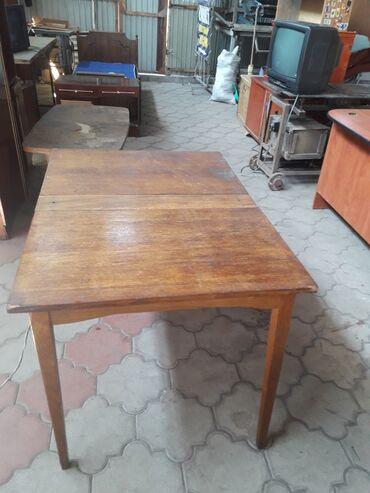 Продаю стол 1200 сом, размер 110 на 80