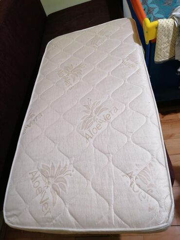 Nov nekorišćen dušek za krevetac aloe vera