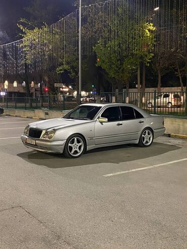 Mercedes-Benz E 50 5 л. 1996 | 250000 км