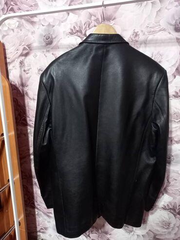мужской плащ в Кыргызстан: Мужской пиджак кожаный, размер 52, 2000 сом. Кара-балта. Звонить по
