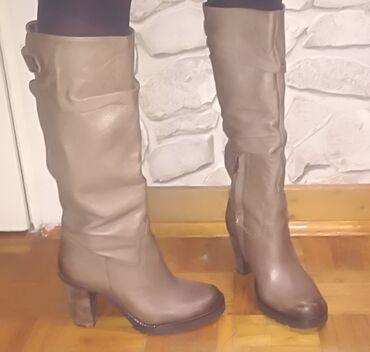 Italijanske cizme br - Srbija: Kozne, boja peska cizme, 37 broj, italijanske, nove sa gumenim đonom