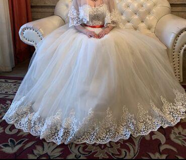 джинсовый корсет в Кыргызстан: Продаю платье свадебное, сшитое на заказ. Все детали выполнены в ручну