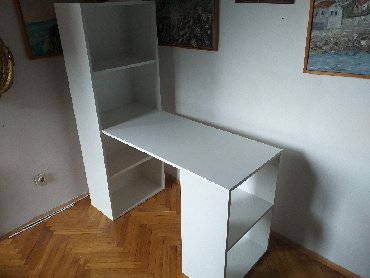 -Radni Sto se izradjuje od Univera debljine 18mm u belom