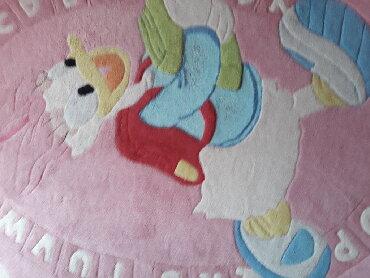 Tepih za devojčice. Odlično očuvan. 120x170cm - Pozarevac