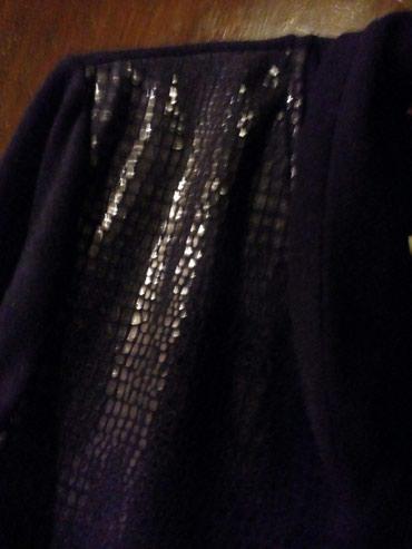 Bluza, kombinacija dva materijala, polusvecana za svaku priliku. - Crvenka