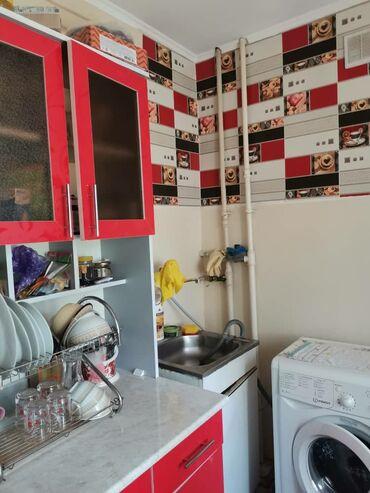 Продажа квартир - Бишкек: Хрущевка, 1 комната, 29 кв. м Без мебели