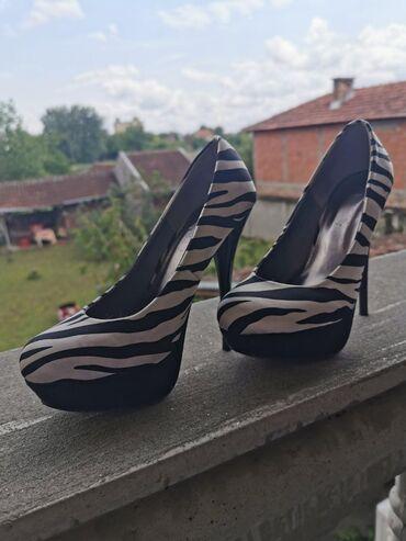 Cipele na ortope - Srbija: Cipele na stiklu nošene