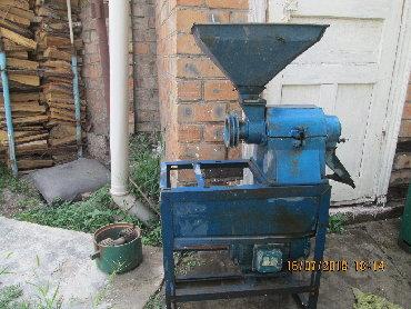 Шелушильный аппарат служит для удаления оболочки овса путем стирание о