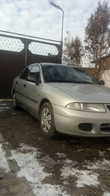 Mitsubishi Carisma 1.8 л. 1997 | 300000 км