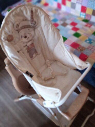 Nameštaj - Pancevo: Hranilica za bebe. Malo koristena i ocuvana u jako dobrom stanju