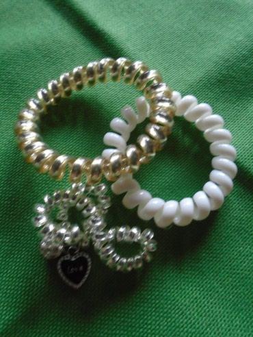 Pokloni uz kupovinu - gumice za kosu - bela, srebrna sa privescima a - Belgrade