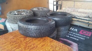 куплю диски на 16 бу в Кыргызстан: Продаю зимние шины r16 205.60.16 Dunlop SP WINTER SPORT 3D. 2 шт