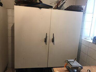 Продаю б/у промышленный холодильный шкаф ШХ в отличном состоянии