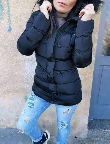 Zimska jakna 3600dinVelicine S do XlCrna i bela bojaKapuljača se
