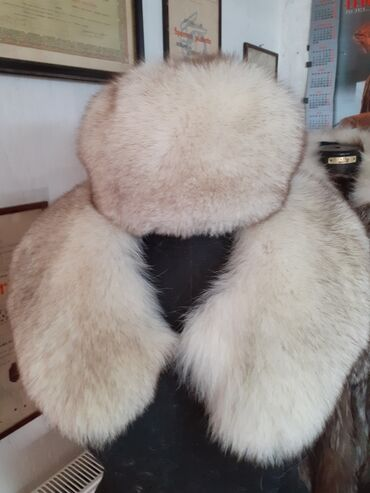 Krzneni kaputi - Sremska Mitrovica: Komplet subara i kragna Prirodno krzno polarne lisice