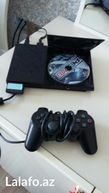 costik - Azərbaycan: Playstation 2 yaxsi veziyetde iki costik oyun diskleri ve momry kart