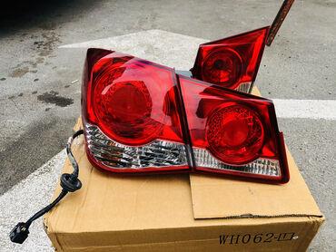Chevrolet Cruze ucun stop zavod istehsali Çatı qırığı yoxdur. Şəkildə