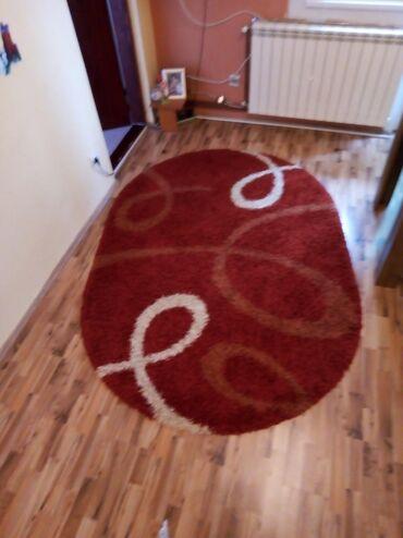 Kuća i bašta - Borca: Ovalni tepih. 230 x 160 Sintelonov tepih Malo koriščen