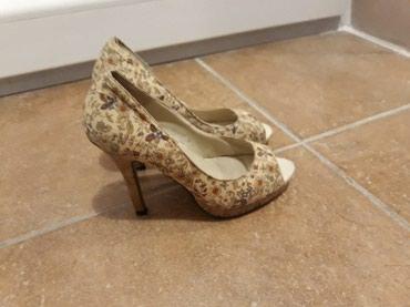 Zenske sandale sa visokom stiklom,kao nove samo 399 din br 36 - Pozarevac