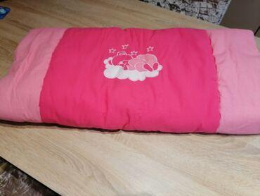 Jorgan za krevetac 110×76. Lep, topao, kvalitetan, malo korišćen. Za
