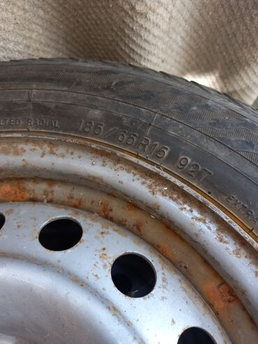 1433 объявлений: Продаю зимние шины вместе дисками 185/65/15 хорошем состоянии цена 1