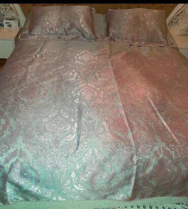 Turkiyenin Cotton box firmasinin yeni taxt yataq ortuyu.deyerinden
