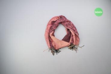 Жіночий шарф з принтом    Розмір 165х65 см  Стан гарний, є сліди носін