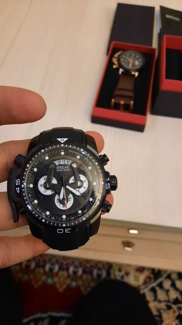 Кг сахара цена - Кыргызстан: Продаются часы Break новые. Цена 3500