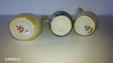 Tri mala bokala od keramike. Visina najvećeg je 11 cm. - Novi Sad