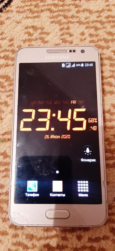 A3 2015 - Azərbaycan: Samsung A3 2015 satilir.telefon tam iwlek veziyyetdedir.eziyi qirigi