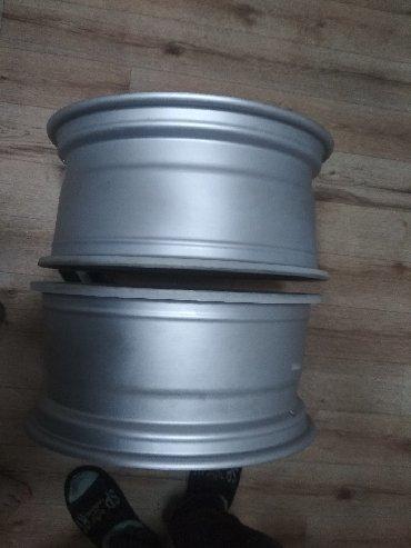 джип санг йонг в Кыргызстан: Продаю 2 диска на джип . Не бартовалась не ставилась