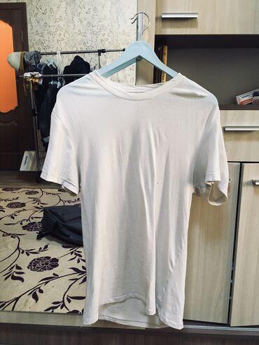рубашка от mexx в Кыргызстан: 1. Белая футболка размер: XXL    2. Клетчатая рубашка (сине-бело-чёрна