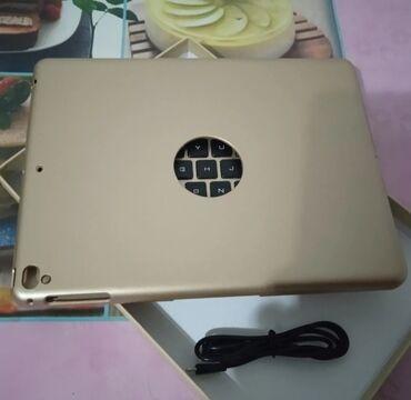 ipad air a1475 в Кыргызстан: Продаётся новая безпроводная -клавиатура чехол .На (IPad Air,Air2