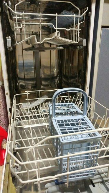 Посудамоечная машина. Состояние хорошее, работает отлично моет