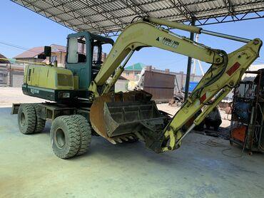 Грузовой и с/х транспорт - Бишкек: Экскаватор YANMAR B55 свежий из Германии Хорошем стоянии 4 ковша родно