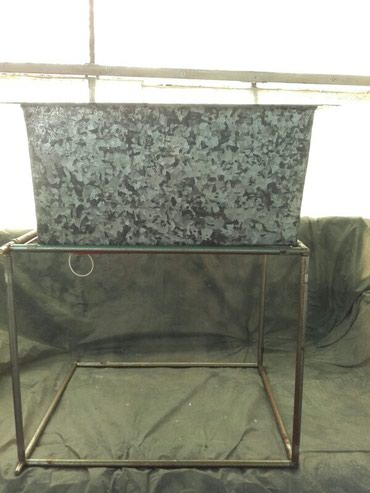 KORITO metalno - limeno-  visina 25 cm, sirina 55 cm. Moze se - Belgrade