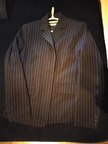 Zenski kostim - Srbija: Zenski sako. Sivkasto-crn sa Belim prugicama. Udoban lepo stoji uz sve