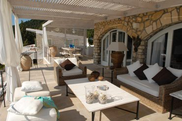 Book a villa in Paxos if you are looking for a serene holiday to this σε Ionian Islands