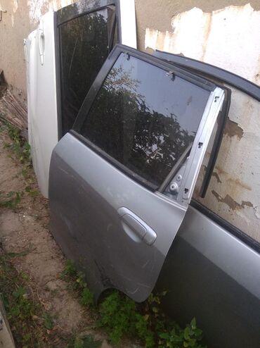 Хонда фит задний левый двер стекло подемник