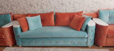 6 ayin divanidi cox tecili satilir 2 divan (acilandi) 2 kreslo 2000e