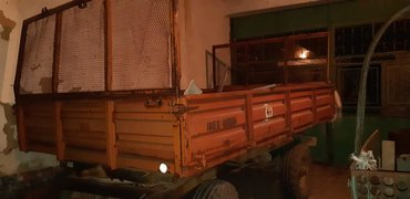 Vozila | Novi Banovci: Lifam prikolica,pravljena za rusko trziste
