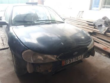 Ford Mondeo 1.8 л. 1996   170000 км