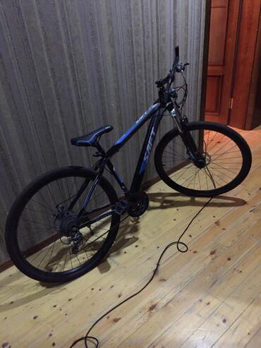- Azərbaycan: Velosiped 350azn baha alınıb sənətində var 500manatliq velosipeddi