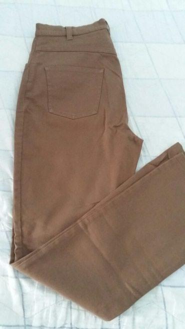 Braon somot pantalone - Srbija: Pantalone br.38(polovne ali skoro kao nove,kupljene u Parizu CAMAIEU