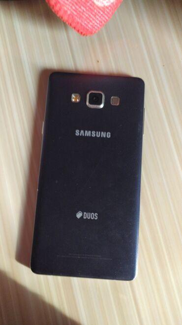 Б/у Samsung A7 16 ГБ Черный