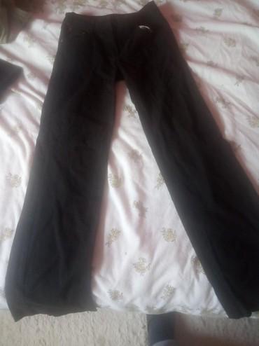 Ženska odeća | Vrbas: Zenske pantalone u odlicnom stanju. vise artikala sa profila-manja