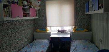 детские кровати2шт. с книжными полками + стол  сост.идеал. в Бишкек