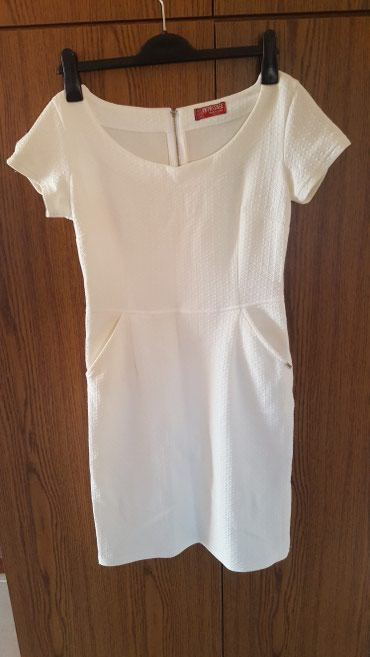 """Kratka haljinica kupljena u """"Pasazu"""". Kao nova. Bez bilo kakvih - Smederevo"""
