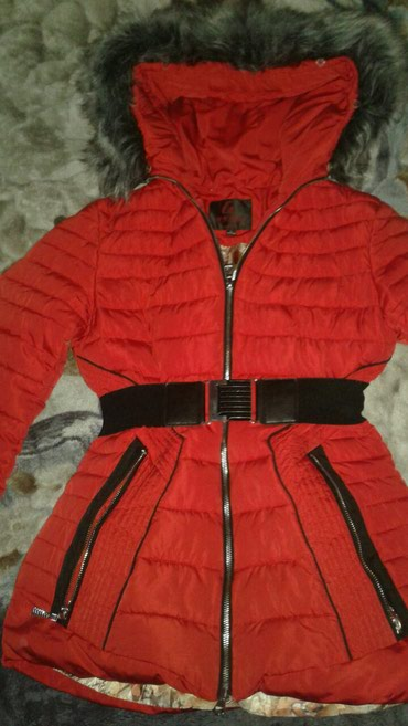 Куртка подростковая (10-12 лет ) размер L хорошего качества в Бишкек